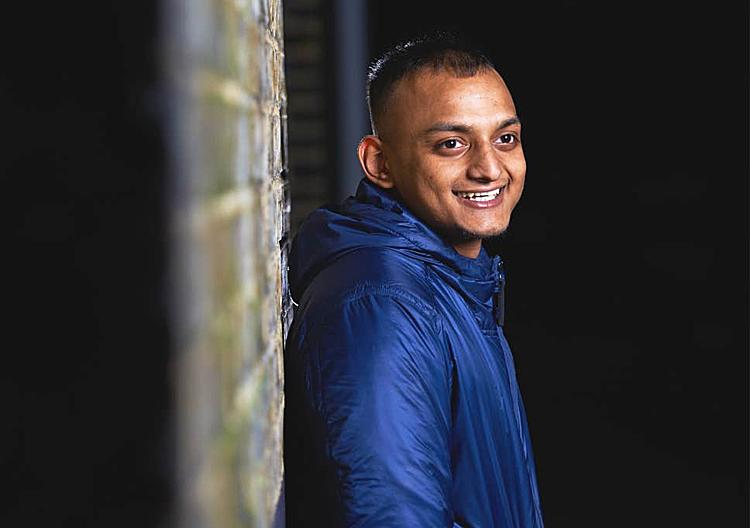 Asad Udding, người Anh,đã thất nghiệp 2 năm, ở nhà cha mẹ nuôi. Số thanh niên được xếp vào nhóm NEET như anh cũng được ghi nhận khá nhiều ở Anh. Ảnh: Independent.