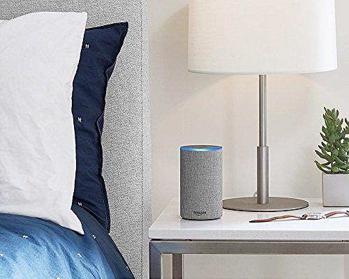 Loa Amazon Echo (loa Wi-Fi Amazon) kết nối với Alexa để phát nhạc, đọc tin tức... cùng nhiều chức năng khác.