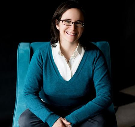 Emily Guy Birken là tác giả của 4 cuốn sách về tài chính. Ảnh: