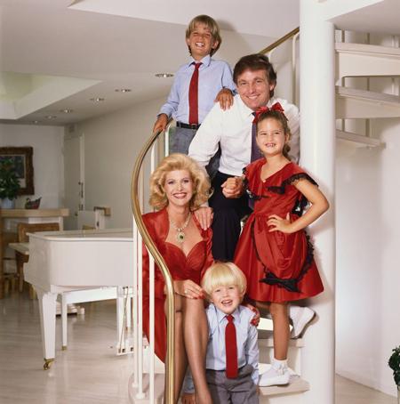 Hình ảnh gia đình Ivanka khi còn hạnh phúc. Ảnh: Express.