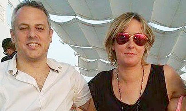 Vợ chồng Sarah và Tony. Ảnh: Mirror.
