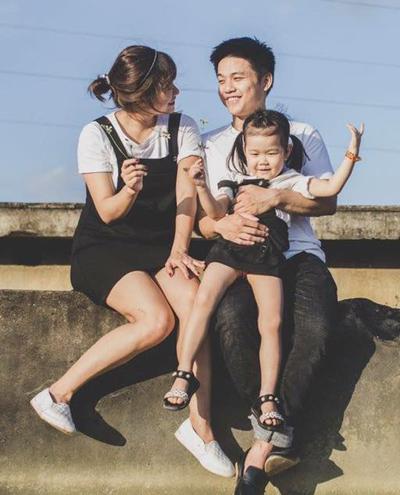 Hải Anh muốn lưu giữ những hình ảnh đẹp của gia đình trước khi cô bước vào đợt hóa trị đầu tiên tháng 9/2017. Ảnh: H.A