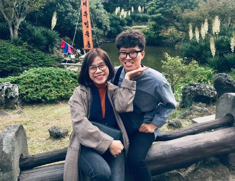 Hai vợ chồng Thái Hòa- Sejun trong chuyến đi Hàn Quốc ra mắt nhà chồng năm 2017. Ảnh: T.H.