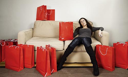 Do hiệu ứng Diderot, con người mua sắm một món đồ mới rồi lại muốn sở hữu nhiều thứ khác. Ảnh: US News Money.