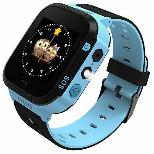 Enow Kids Smart Watch: Đồng hồ tích hợp camera và khả năng chụp ảnh từ xa, giúp bố mẹ dễ theo dõi tình trạng của con. Trẻ cũng có thể tự chụp ảnh và gửi về cho bố mẹ để thông báo tình trạng bản thân. Nếu trẻ đeo đi học, chức năng không làm phiền giúp hạn chế việc bébị làm phiền bởi những cuộc gọi hay tin nhắn. Phụ huynh cũng có thể khóa các chương trình trò chơi trong đồng hồ để trẻ tập trung học hành, không bị phân tâm. Giá cho sản phẩm này là 891 nghìn đồng.