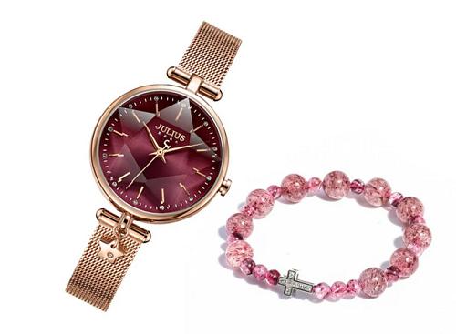 Bạn có thể mua đồng hồ nữ ja-1145D Julius với dây đeo cách điệuphối vòng chuỗi mân côi thạch anh dâu STR01 đơn giản tạị Shop VnExpress với mức giá ưu đãi hấp dẫn.