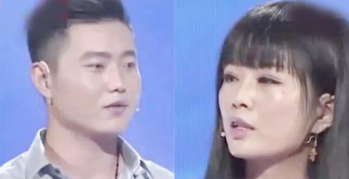 Chàng bảo vệ Tiểu Đào (trái) và bạn gái Tiếu Tiếu chia sẻ trên truyền hình về tình cảm của mình. Ảnh: news.qq.