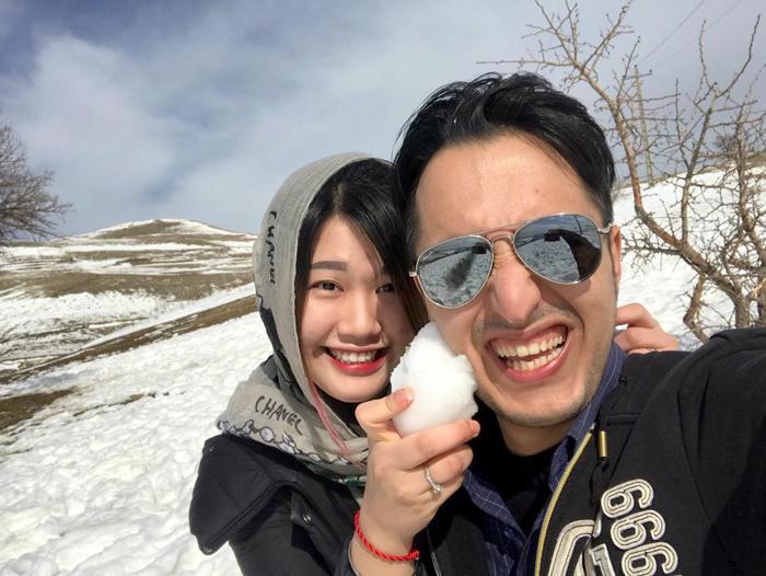 Hoài Anh và chồng, anhAmir Hossein, người Iran. Amir làm về du lịch, anh thường đưa vợ đi khám phá đất nước mình. Ảnh:H.A.
