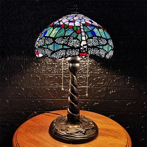 Đèn bàn trang trí Tiffany chuồn chuồn xanh 2 bóng chao 30
