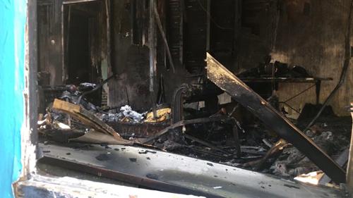 Đám cháy được dập tắt, nhưng Zippy được tìm thấytrong tình trạng chết vì ngạt khói.