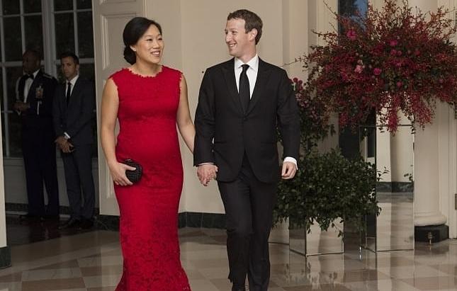 Priscilla Chan và Mark Zuckerberg tại Nhà Trắng vào ngày 25 tháng 9 năm 2015. ẢNh: CNBC.