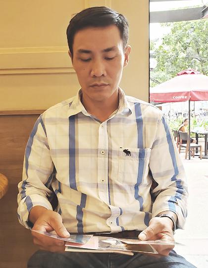 Anh Vũ Trọng Thuân, tuổi khoảng 41, chỉ nhớ tên ngày nhỏ của mình là Công. Ảnh: Hoài Nhân.