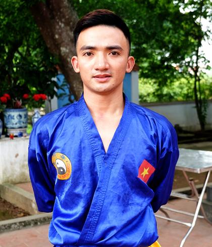 Lê Văn Thắng hiện đã tốt nghiệp đại học và mở các lớp võ của riêng mình. Ảnh: Hải Hiền.