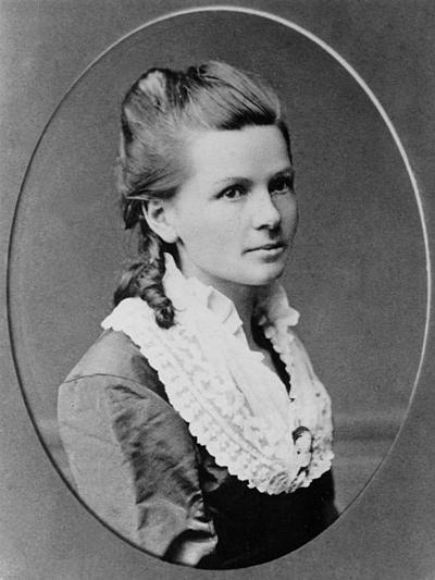 Hình chụp Bertha Benz khoảng năm 1870. Ảnh: Wikipedia.