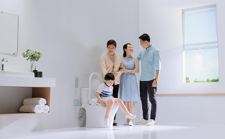 Đi vệ sinh không đúng cách có thể là nguyên nhân gây bệnh cho trẻ. Xin ảnh gốc, ảnh mờ quá.
