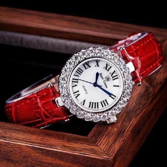 Nhiều kiểu dáng đồng hồ nam, nữ chính hãng của các thương hiệu Royal Crown, Shengke Korea, Julius... giảm giá sâu trên Shop VnExpress nhân dịp 20/11.