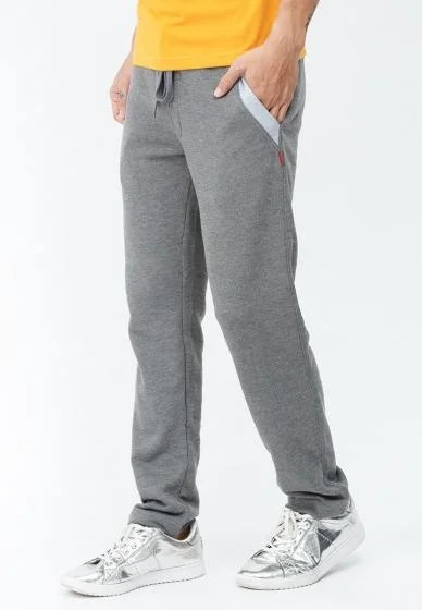 Nhiều kiểu quần jogger, quần thun, chất liệu co giãn, thấm hút mồ hôi tốt hiện có bán trên Shop VnExpress với giá ưu đãi nhân Ngày độc thân chỉ 111.000 đồng.