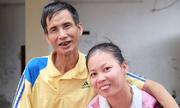 Ông bố đơn thân 23 năm chăm con gái bại não