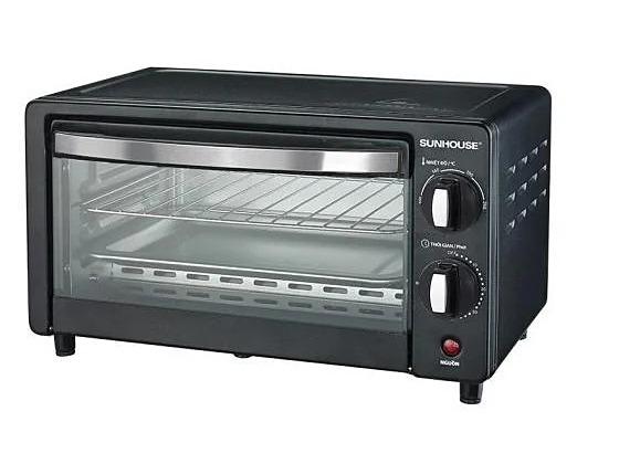Lò nướng dung tích 10 lít thương hiệu Sunhouse sử dụng công nghệ nướng Halogen tiết kiệm điện năng. Thanh nướng kép giúp truyền nhiệt nhanh, nướng chín đều. Chế độ hẹn giờ, nhiệt độ điều chỉnh linh hoạt bằng núm xoay.Giá để thực phẩm bằng thép không gỉ. Lò nướngtrang bị 4 chế độ nhiệt khác nhau, phù hợp các mục đích nấu nướng và nhiều loại thực phẩm. Giá sản phẩm trên Shop VnExpress là 359.000 đồng, ưu đãi 49% so với giá gốc.
