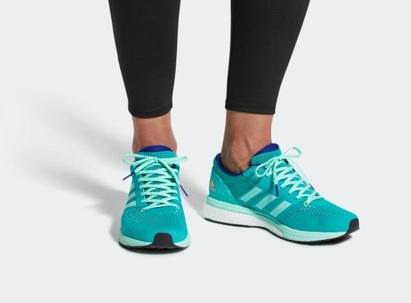 Giày thể thao Adidas, Nike còn nửa giá trong ngày 14/11 - 2