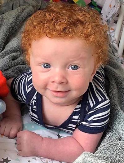 Luca hiện 7 tháng tuổi, đã được nhận hợp đồng làm mẫu nhí. Ảnh: Caters News Agency.