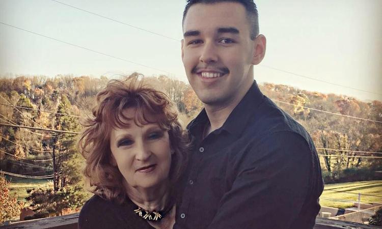 Gary và Almeda vẫn hạnh phúc sau 4 năm kết hôn. Ảnh: GaryHardwick.