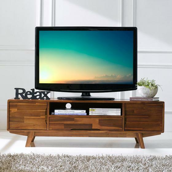 Tủ TV Coco 160 x 40 x 45 có kiểu dáng sang trọng và hiện đại, phù hợp với TV màn ảnh rộng. Tủ được làm từ chất liệu gỗ tràm tự nhiên loại gỗ có sẵn tại thị trường Việt Nam, đạt các tiêu chuẩn cao về mặt chất lượng, khả năng chống mối mọt và độ bền theo thời gian. Thiết kế tiện lợi với 2 ngăn tủ rộng rãi và ngăn kéo giữa giúp hỗ trợ lưu trữ các vật dụng trong phòng khách luôn được gọn gàng và ngăn nắp. Ngoài ra còn có một kệ mở thích hợp để đầu DVD, hộp cáp, phía sau là cổng để luồn dây điện tiện dụng. Sản phẩm đang được giảm giá 35%, còn 6,99 triệu đồng.