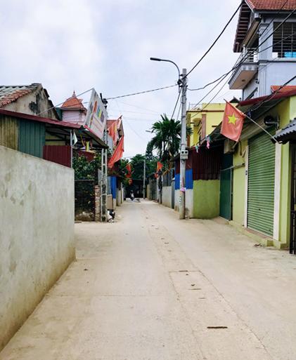 Đoạn đường qua thônMộc Hoàn Đìnhsau cải tạo, rộng gần 5m. Ảnh: Hải Hiền.