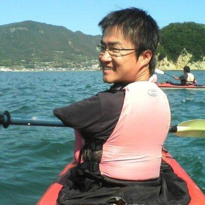 Hirotada trong một chuyến chèo thuyền. Ảnh: twitter.