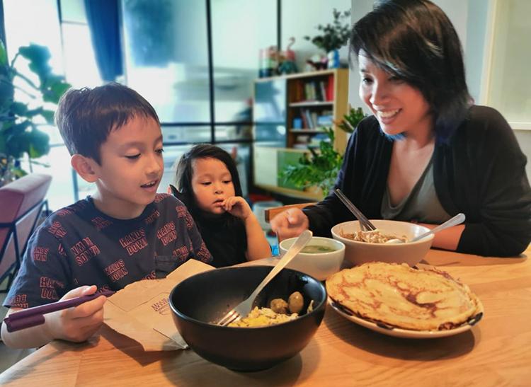 MC Thùy Minh: Nấu nướng giúp tôi giải tỏa áp lực - 1
