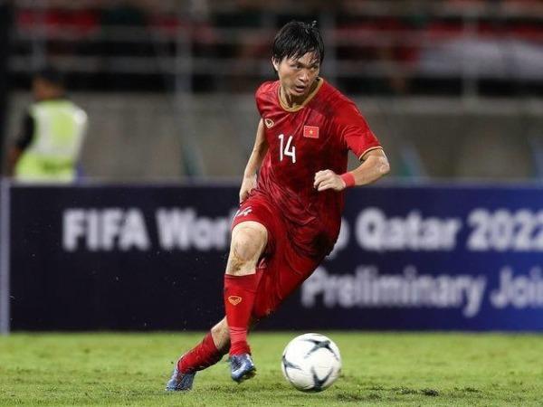 Tuấn Anh tỏa sáng khi quay lại màu áo đội tuyển quốc gia.