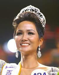 HHen Niê ghi dấu ấn sâu đậm trong lòng khán giả Việt lẫn quốc tế.