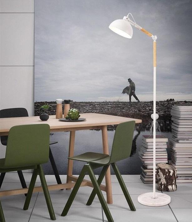 Đèn sàn trang trí Furnish làm từ chất liệu thép ống cứng sơn tĩnh điện kết hợp gỗ tự nhiên cao cấp. Sản phẩm có thể điều chỉnh độ cao, thấp, thay đổi hướng ánh sáng linh hoạt mà không cần di chuyển chân đế hay vị trí lắp đèn. Đèn sàn sử dụng bóng đèn led, loại đèn chống cận, có định hướng ánh sángtốt, giúp ánh sáng phản chiếu tập trung, không bị lãng phí. Ứng dụng công nghệ phun sơn tĩnh điện khô, bảo vệ môi trường, chống oxi hóa cho thân đèn. Tuổi thọ của đèn cây lâu dài hơn nhờ lớp sơn tĩnh điện, đèn không bị ảnh hưởng nhiều từ tác động môi trường, thời tiết. Đèn sàn phù hợptrang trí phòng khách, phòng đọc, giúp không gian sinh hoạt, học tập và làm việc của bạn trở nên hiện đại hơn, tiện nghi hơn.Thân đèn được chia làm nhiều đốt ngắngắn với nhau chắc chắn, thuận lợi cho việc di chuyển và cất giữ khi không dùng đến. Sản phẩm có giá 1,633 triệu đồng, giảm 15% so với giá gốc.