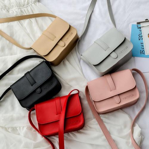 Sản phẩm được bán trên Shop VnExpress vớinhiều màu sắc cho bạn lựa chọn.