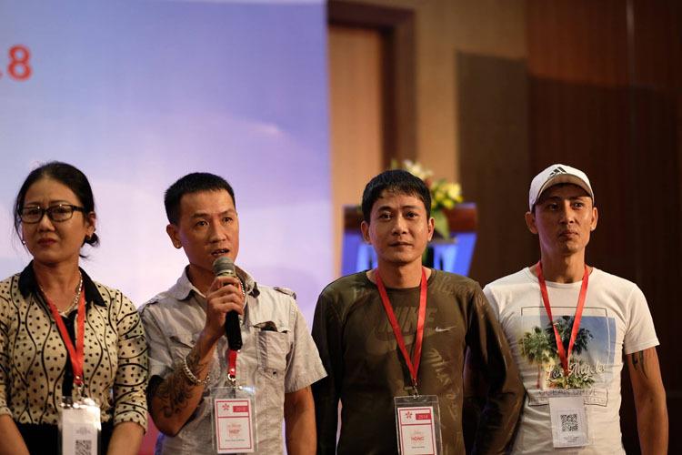 Hiệp phát biểu trong buổi gặp mặt thường niên năm 2018 ở Bình Định củaVNPUD (mạng lưới người sử dụng ma túy ở Việt Nam) khi được bầu làm ban điều hành. Ảnh: Nhân vật cung cấp.
