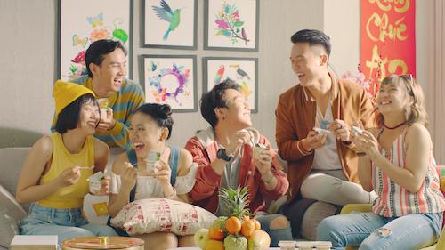 Vinamilk là món quà sức khỏe cho cả gia đình dịp Tết