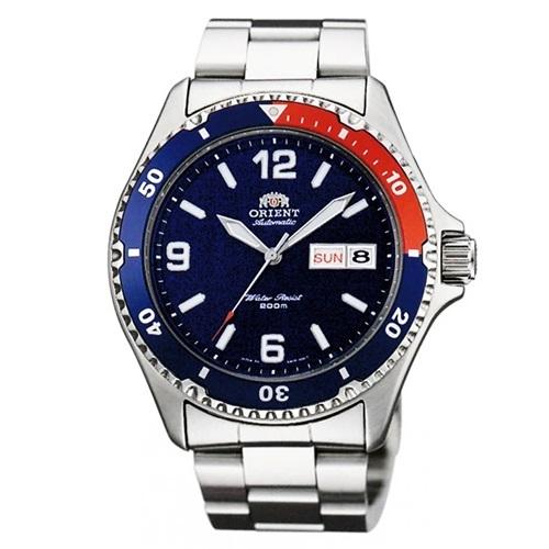 Đồng hồ Orient FAA02009D9 phối màu xanh dương đậm và đỏ bắt mắt, thích hợp với những chàng trai theo đuổi phong cách thể thao. Thương hiệu Nhật Bản chú trọng mặt kính cứng, dây kim loại sáng bóng, chắt lọc tinh túy từ đồng hồ Thụy sĩ và gu thẩm mỹ Á Đông. Thiết kế có giá 5,91 triệu đồng.Xem thêm các mẫu đồng hồ hạng sang, phân khúc cao cấp trên Shop VnExpress.