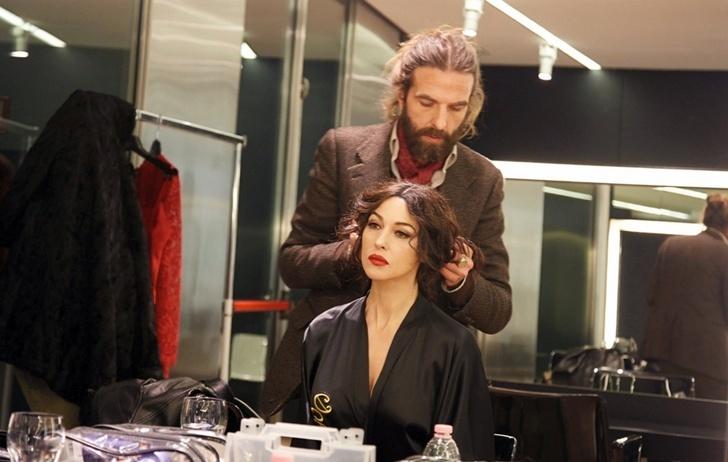 Các chuyên gia trong lĩnh vực làm đẹp tiết lộ: không có sự khác biệt cơ bản trong việc cắt tóc nam và nữ. Ảnh minh họa: East News.