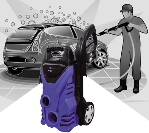 Máy xịt rửa cao áp có hút nước Kachi MK72có công suất 1.400 W, gồm dụng cụ chứa nước, bình đựng chất tẩy rửa, cuộn ống dẫn nước dài 5 m, dây điện dài 3 m. Sản phẩm giảm đến 33%, còn 1,399 triệu (giá gốc 2,1 triệu) trên Shop VnExpress.