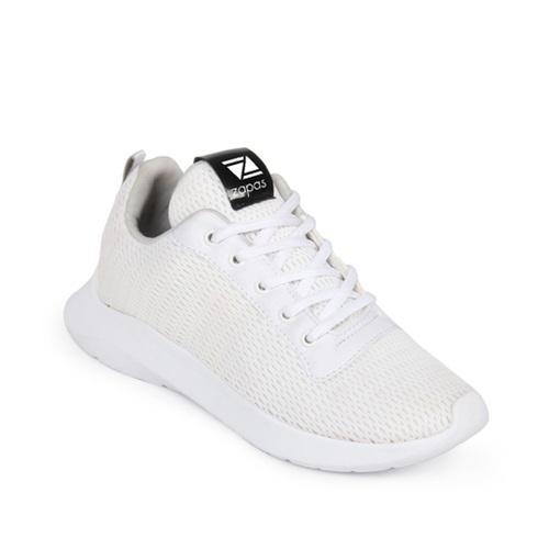 SneakerZapas Runner ZR006có mũi giày tròn phá cách, bề mặt thoáng. Dây giày thiết kế cổ điển, có thể sáng tạo kiểu cột mới lạ. Đế nhẹ, ma sát cao. Thiết kế giúp các chàng trai có vẻ ngoài lịch lãm, sang trọng nhưng không cần đầu tư quá nhiều tiền vào trang phục. Sản phẩm giảm 10% trên Shop VnExpress,còn259.000 đồng (giá gốc 289.000 đồng).