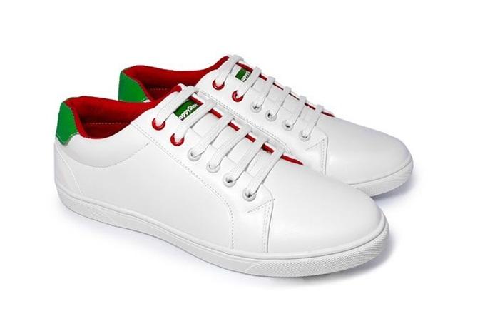 Sneaker HPS08 chinh phục nhiều chàng trai nhờ thiết kế sang trọng, mạnh mẽ. Giày làm từ da PU cao cấp, đường khâu tỉ mỉ. Đế đúc từ cao su tự nhiên và ép nhiệt chắc chắn. Sản phẩm đang giảm 50%, còn 209.000 đồng (giá gốc 418.000 đồng).