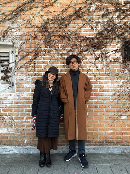 Sejun Eun và vợ trong một chuyến về thăm quê nhà Hàn Quốc năm 2019. Ảnh: Nhân vật cung cấp.