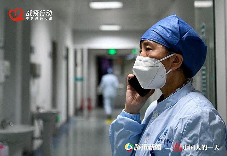 Bác sĩ ngày chăm bệnh nhân, đêm chăm chồng nhiễm nCov - 3
