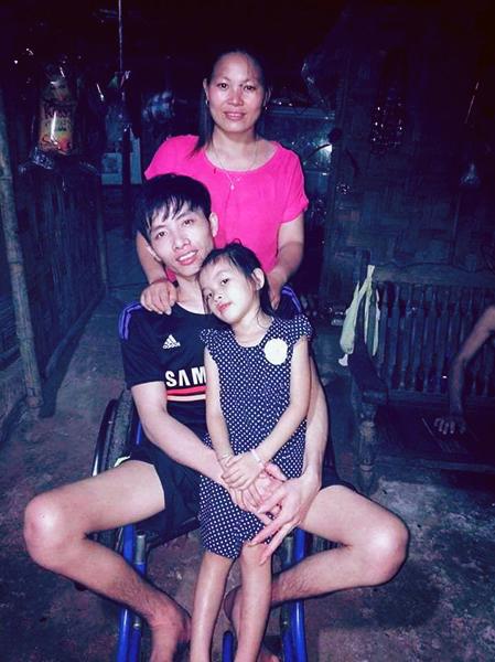 Gia đình nhà anh Vịnh, chị Hoa và con gái năm nay đã 7 tuổi. Ảnh: Nhân vật cung cấp.