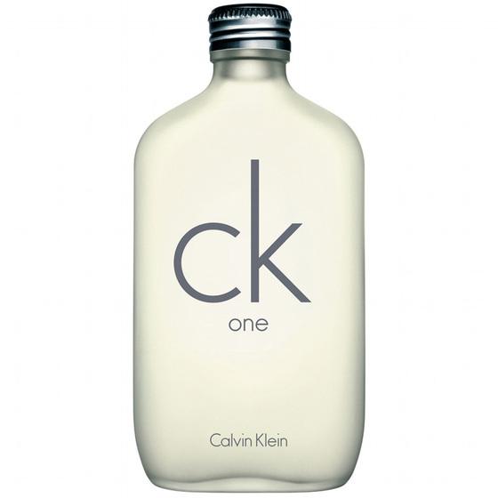 Nước hoa CK One EDT 100ml 1.580.000đ790.000đ(-50%) gây ấn tượng với nắp chai bằng kim loại bạc sáng bóng hương thơm rất nhẹ nhàng và thư giãn, mang lại cảm giác thân mật. Hương thơm rất thích hợp cho việc sử dụng vào ban ngày cho dù bạn đang đi làm hoặc đang phiêu lưu vào những dịp cuối tuần. Hãy sử dụng để cảm nhận sự tự tin lưu luyến suốt cả ngày.