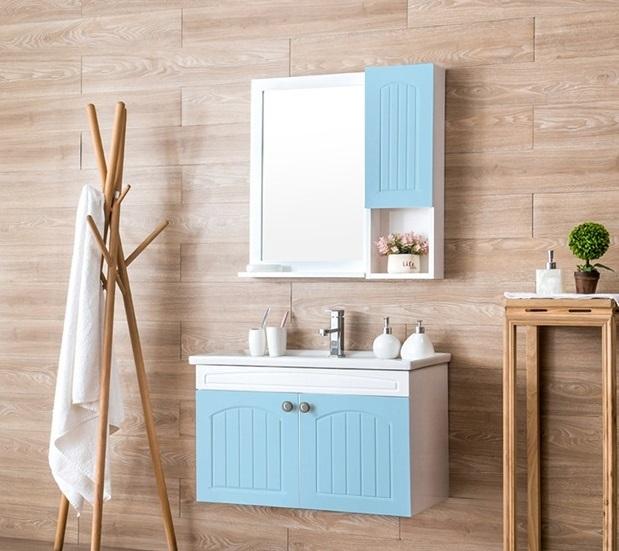 Bộ tủ, chậu, kệ gương Lavabo ZT-LV896 có phần tủ đựng đồ bên dưới rộng rãi, dùng chứa khăn tắm, mỹ phẩm, dầu gội, nước hoa hay vật dụng cá nhân khác gọn gàng, kín đáo. Sản phẩm phối màu xanh - trắng trang nhã, trẻ trung, giúp tô điểm không gian nhà tắm thêm sáng sủa. Bộ tủ, kệ gương có giá ưu đãi đến 41% trên Shop VnExpress, giảm còn 4,65 triệu đồng (giá gốc 7,9 triệu đồng).