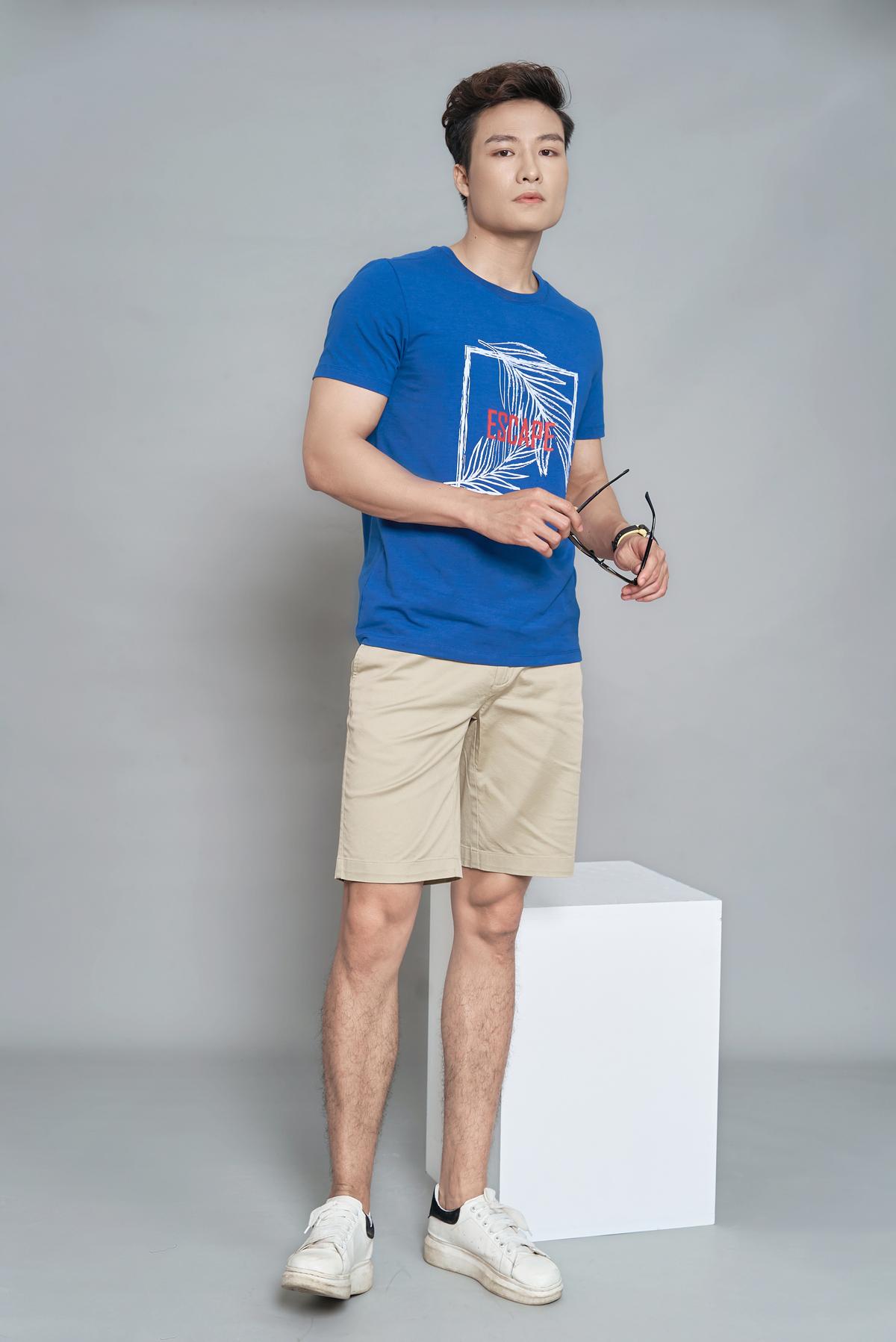 Áo phông nam ngắn tay (regularfit) màu 2 DGC - SAT1908M giảm 20% còn 260.000 đồng chất liệu thoáng mát, vừa vặn hình thể.