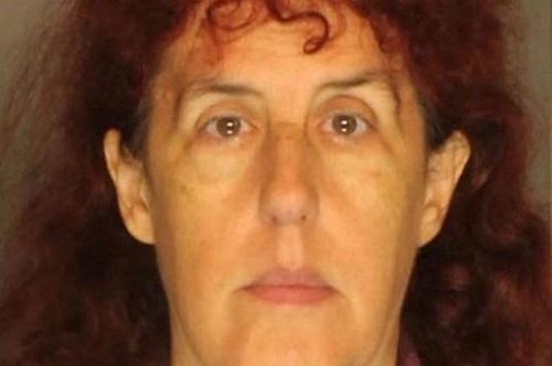 Cynthia Black bỏ thi thể bà ngoại vào tủ đông suốt 16 năm. Ảnh: Mirror.