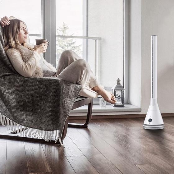 Quạt không cánh làm mát và sưởi ấm Ultty SKJ-CR018H trắng giá 5,5 triệu đồngQuạt không cánh làm mát và sưởi ấm 2 trong 1 Ultty có thể sử dụng quanh năm nhờ chức năng kép độc nhất vô nhị. Không chỉ mát mẻ trong mùa hè, ấm áp vào mùa đông mà Ultty còn giúp nhà bạn luôn trong lành, thoáng mát, sạch vi khuẩn nhờ màng lọc không khí prefilter cao cấp.Quạt không cánh 2 chế độ làm mát và sưởi ấm kết hợp, có chế độ sửi, mát