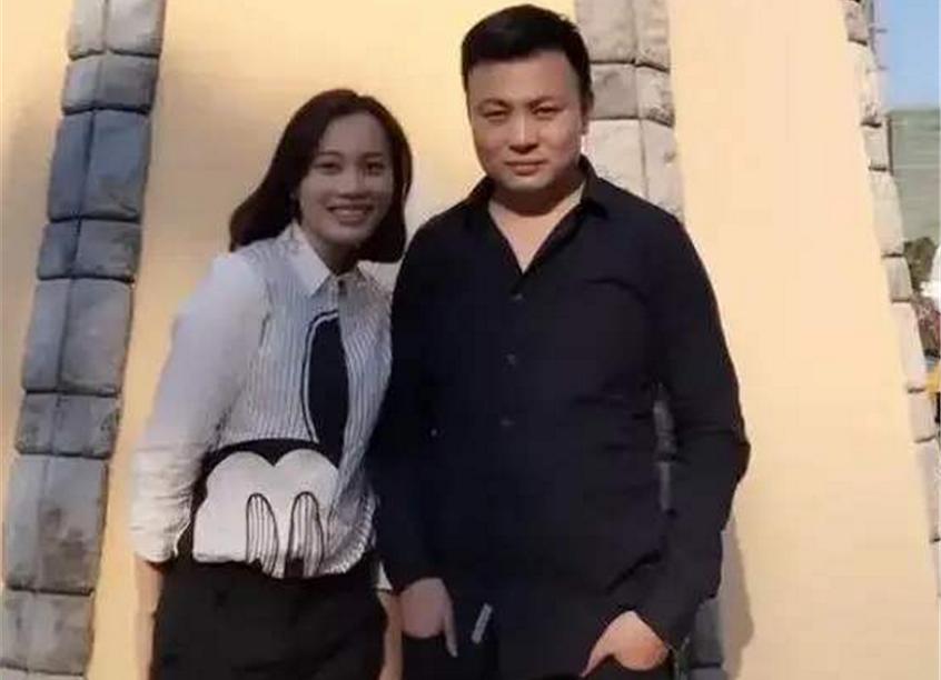 Cô Wang bên người chồng có IQ 140. Ảnh: QQ.